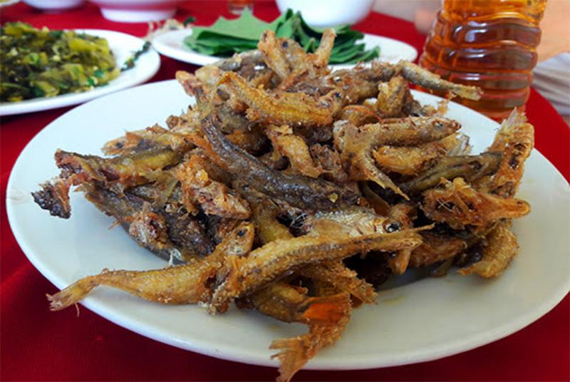 Du lịch Bình Liêu ăn cá suối đặc sản Bình Liêu