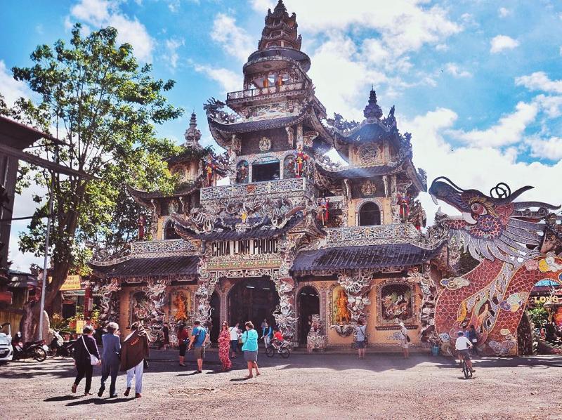 Top ngôi chùa ở Đà Lạt 7