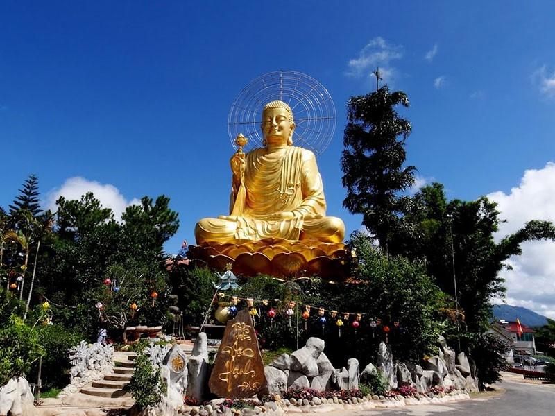 Top ngôi chùa ở Đà Lạt 10