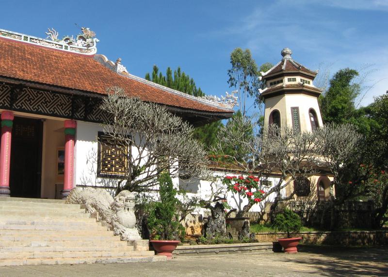 Top ngôi chùa ở Đà Lạt 5