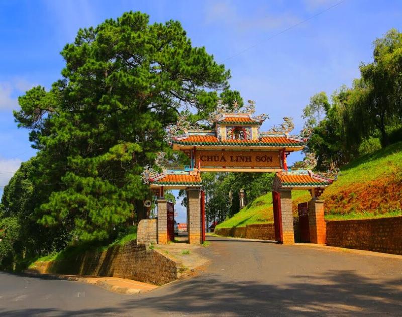 Top ngôi chùa ở Đà Lạt đẹp nhất