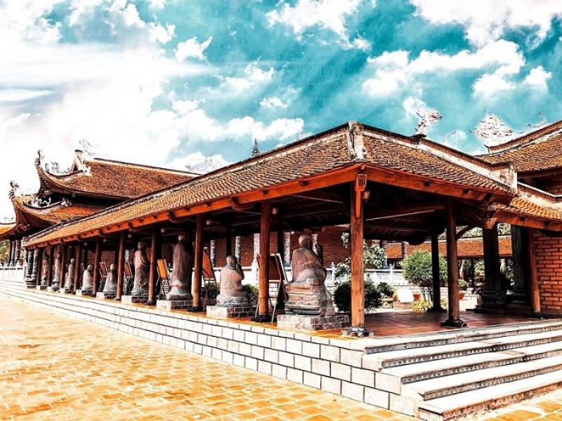 Top ngôi chùa ở Đà Lạt 6