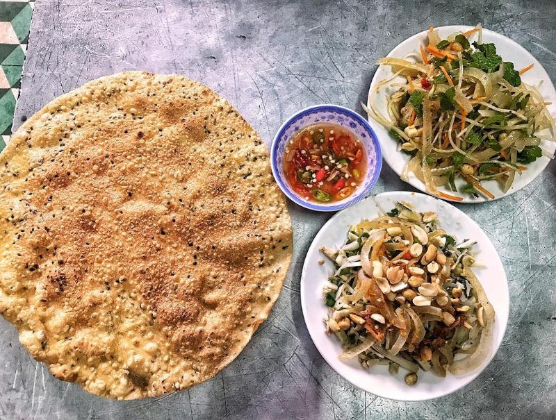 Món ăn đặc sản Đà Nẵng mít trộn