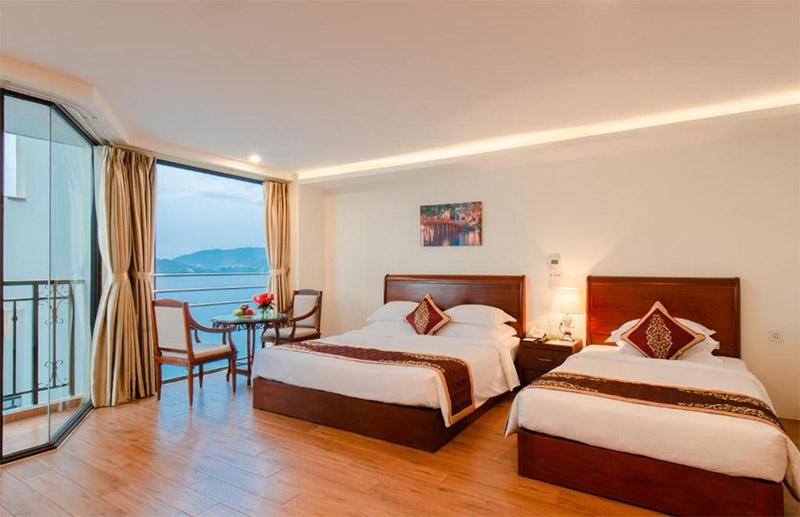 Khách sạn Nha Trang gần biển giá tốt